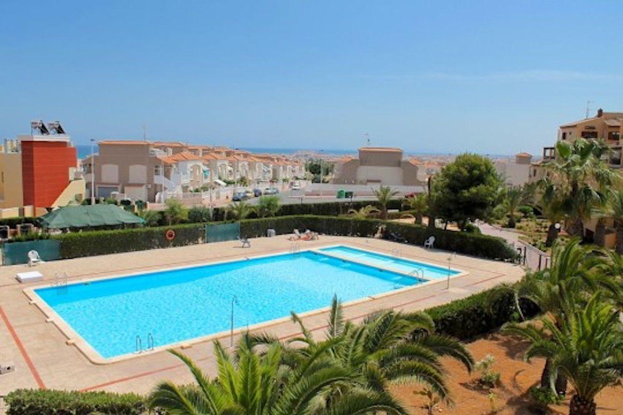 Апартаменты в Торревьехе, Испания, 56 м2 - фото 1