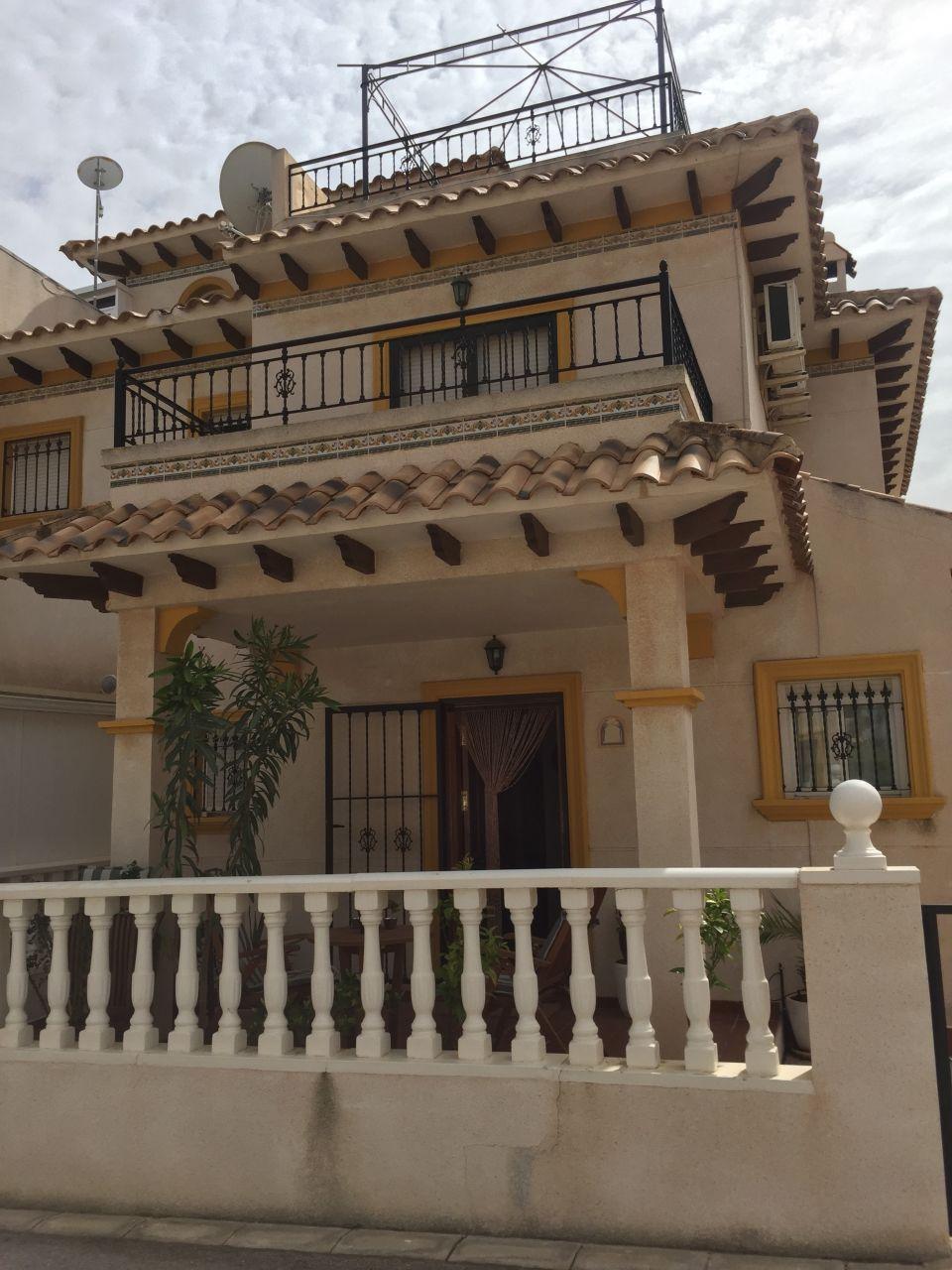 Коттедж в Ориуэла Коста, Испания - фото 1