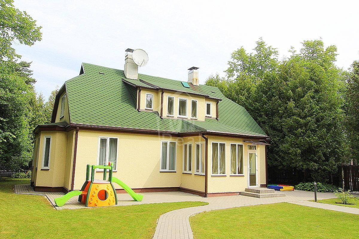 Дом в Юрмале, Латвия, 1200 м2 - фото 1