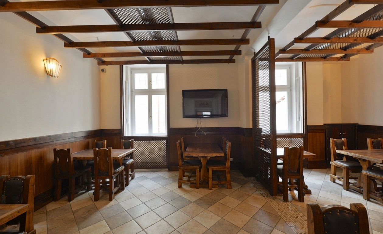 Кафе, ресторан в Праге, Чехия, 246 м2 - фото 1