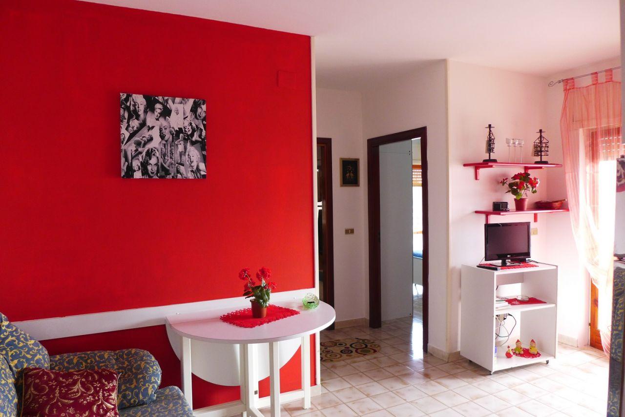 Квартира в Скалее, Италия, 46 м2 - фото 1