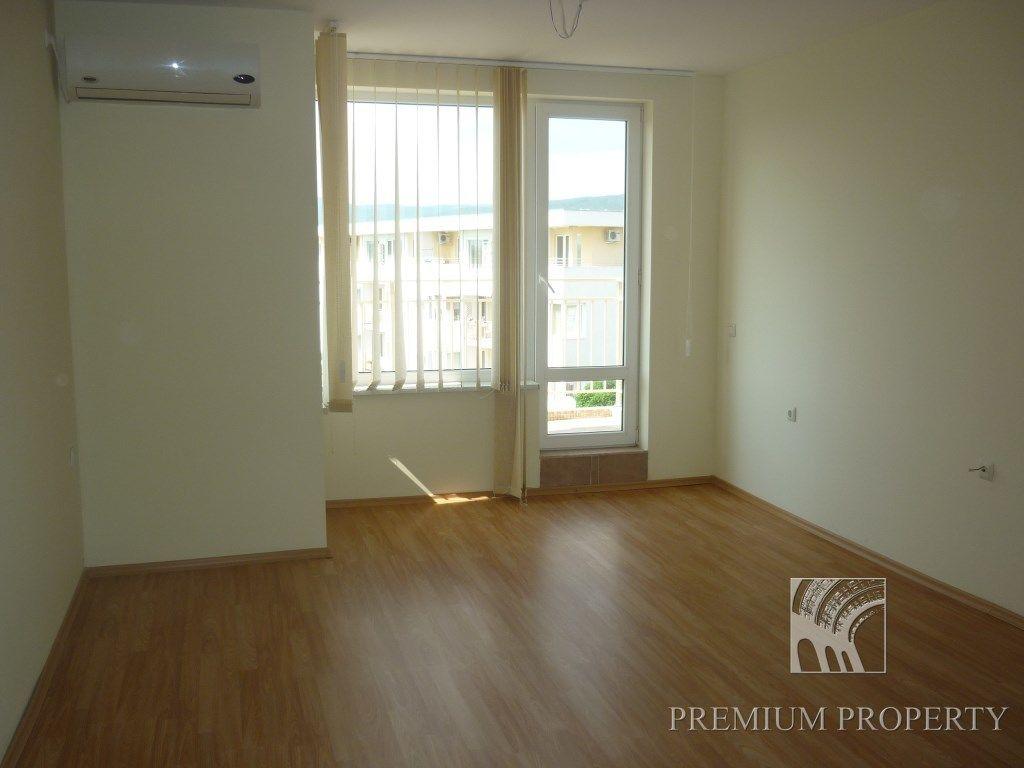 Апартаменты на Солнечном берегу, Болгария, 64.24 м2 - фото 1