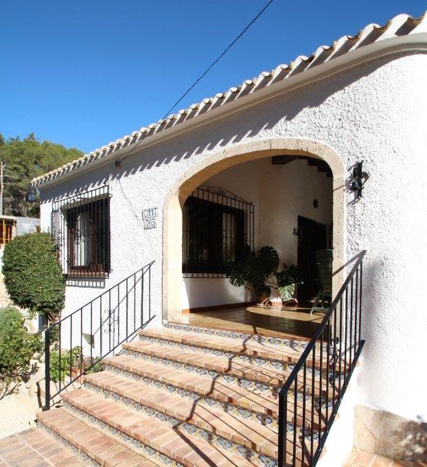Вилла в Хавее, Испания, 765 м2 - фото 1