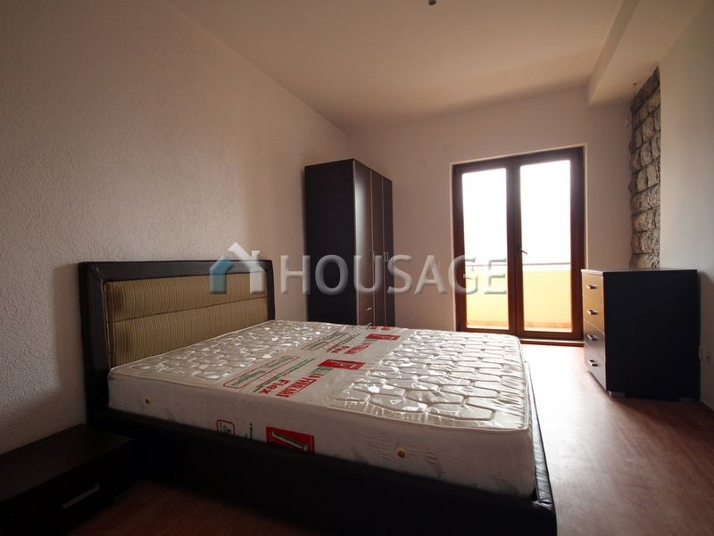 Квартира в Бечичи, Черногория, 131 м2 - фото 1