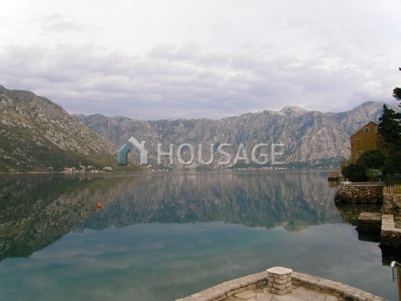 Отель, гостиница Боко-Которская Бухта, Черногория, 350 м2 - фото 1