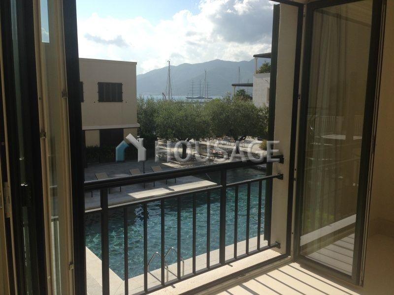 Апартаменты в Тивате, Черногория, 148 м2 - фото 1