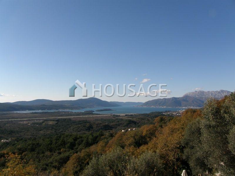 Вилла в Тивате, Черногория, 450 м2 - фото 1