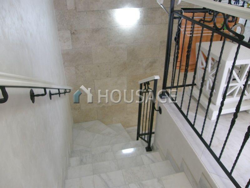 Апартаменты в Тивате, Черногория, 74 м2 - фото 1