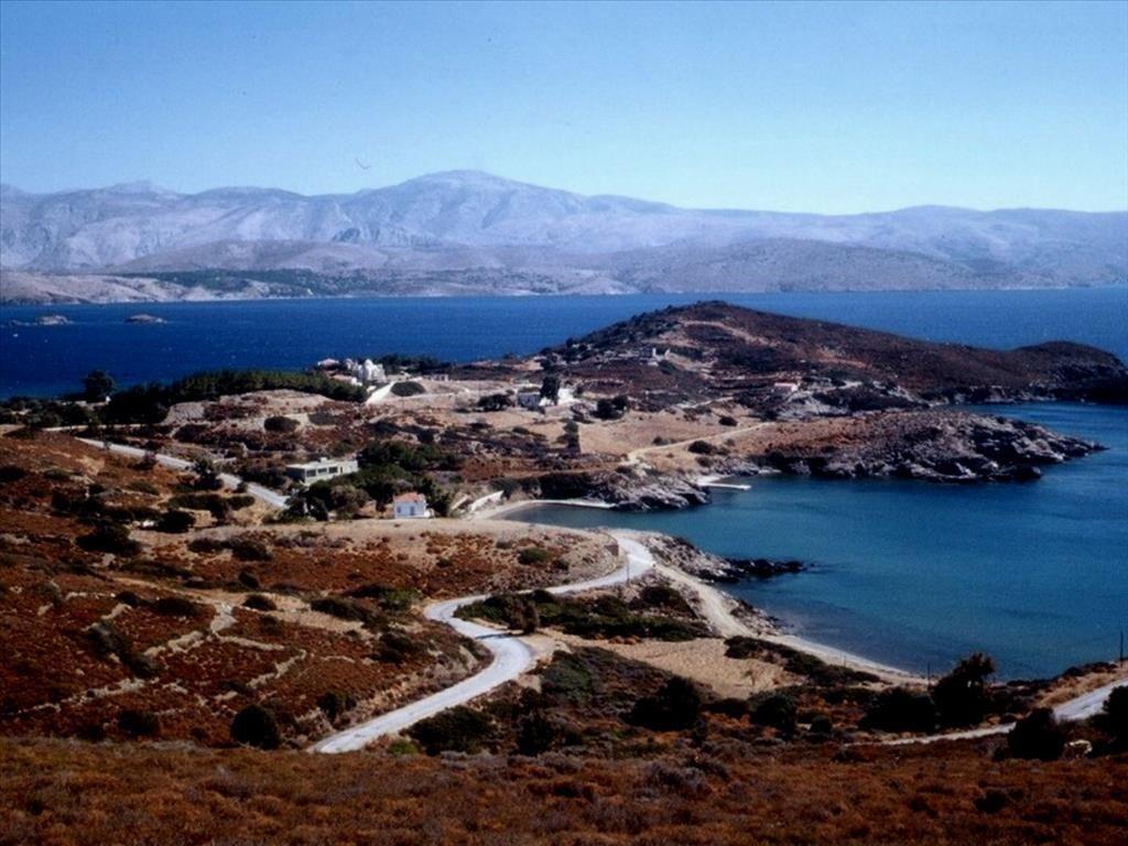 Земля на Хиосе, Греция, 76000 м2 - фото 1