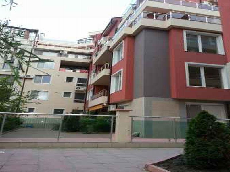 Квартира в Бургасской области, Болгария, 74 м2 - фото 1