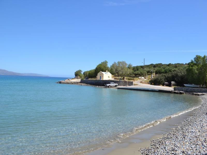 Отель, гостиница в Айос-Николаос, Греция, 2200 м2 - фото 1