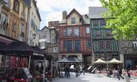 Названы лучшие города Франции для иностранцев