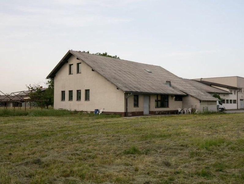 Коммерческая недвижимость Чреншовци, Словения, 1296 м2 - фото 1