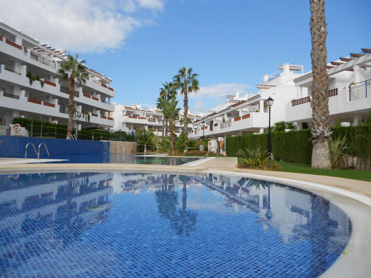 Апартаменты в Ориуэла Коста, Испания, 80 м2 - фото 1