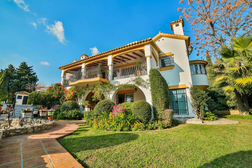 Вилла в Марбелье, Испания, 367 м2 - фото 1