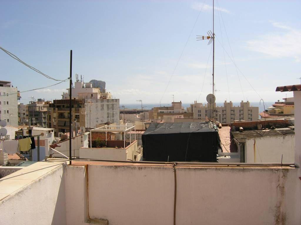 Коммерческая недвижимость в Кальпе, Испания, 90 м2 - фото 1