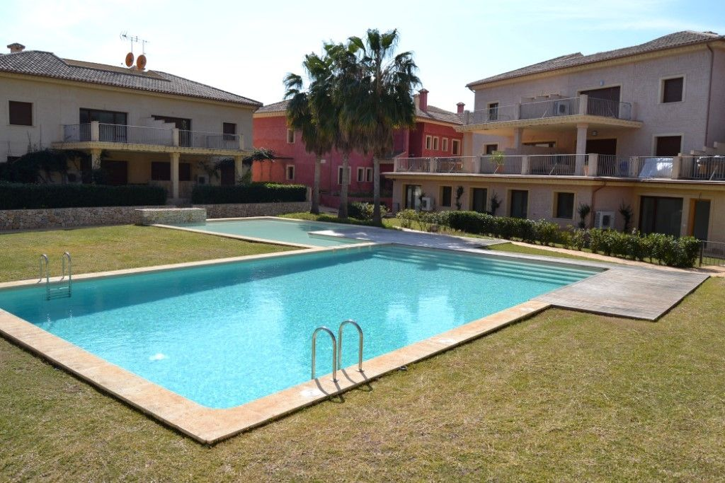 Апартаменты в Бенисе, Испания, 80 м2 - фото 1