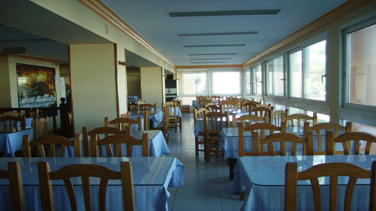Кафе, ресторан в Дении, Испания, 300 м2 - фото 1
