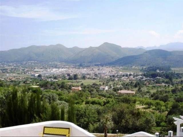 Вилла в Бенисе, Испания, 363 м2 - фото 1