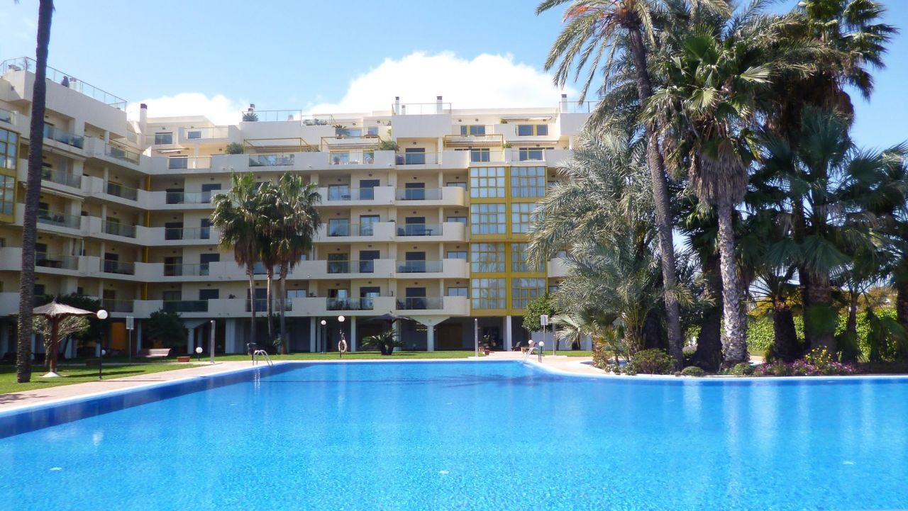 Квартира в Дении, Испания, 130 м2 - фото 1