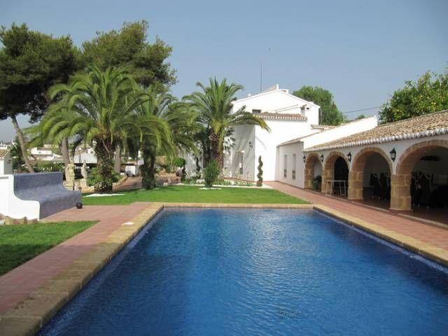 Вилла в Хавее, Испания, 899 м2 - фото 1