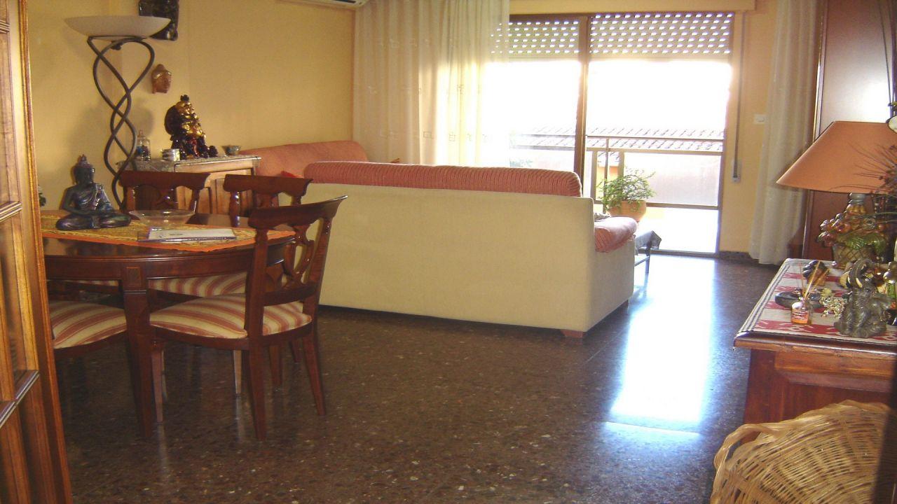 Квартира в Дении, Испания, 118 м2 - фото 1