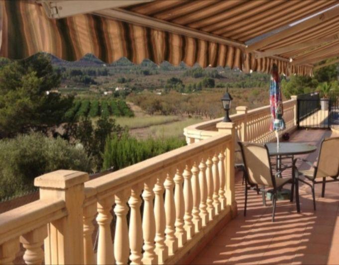 Вилла в Халоне, Испания, 150 м2 - фото 1