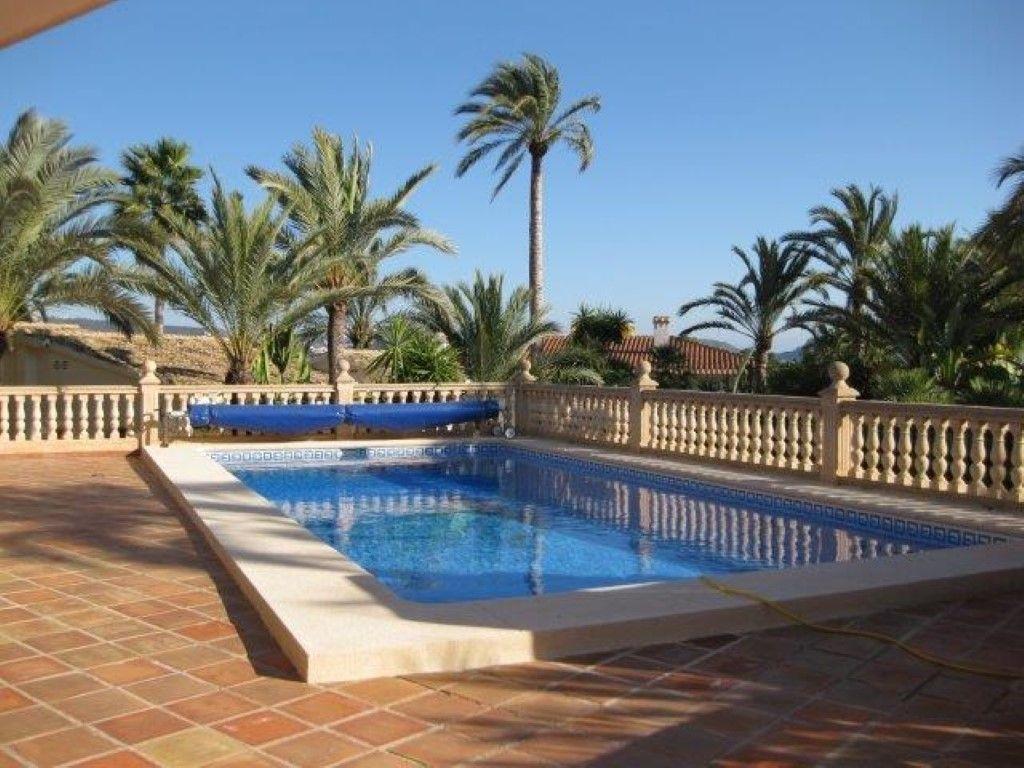 Вилла в Морайре, Испания, 1486 м2 - фото 1