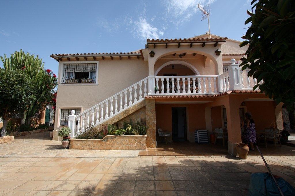 Вилла в Кальпе, Испания, 500 м2 - фото 1