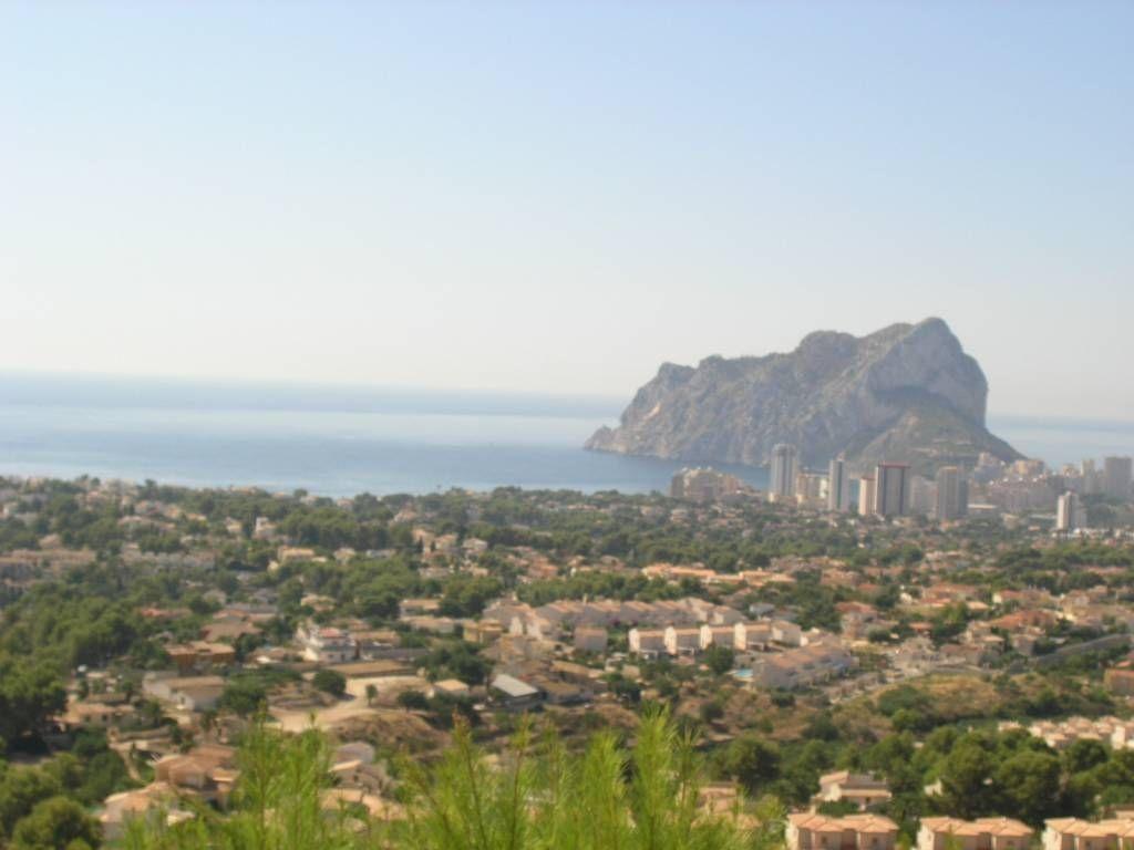 Земля в Кальпе, Испания, 877 м2 - фото 1
