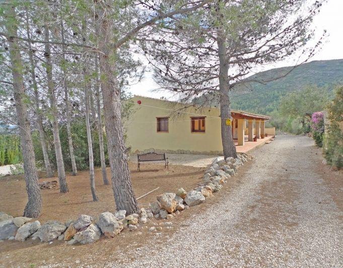 Вилла в Алькалали, Испания, 10685 м2 - фото 1
