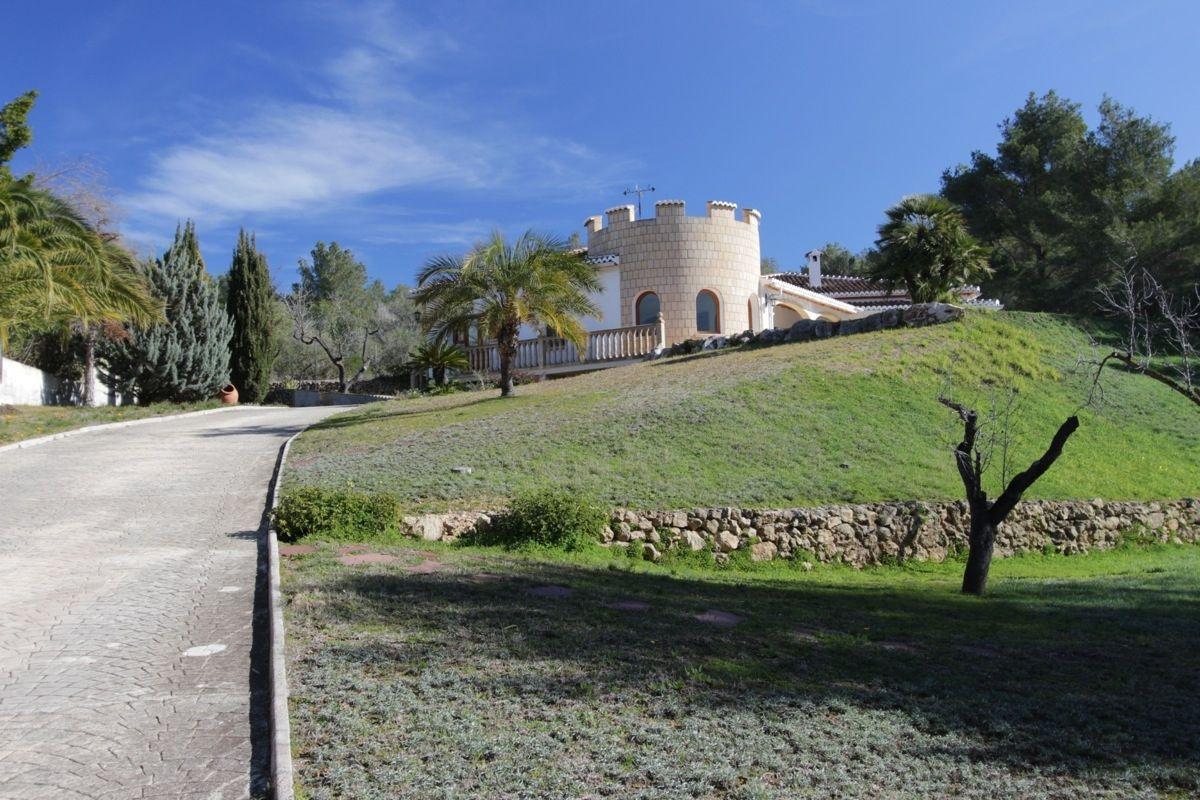 Вилла в Хавее, Испания, 3050 м2 - фото 1