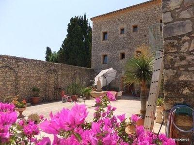 Коммерческая недвижимость в Теуладе, Испания, 1700 м2 - фото 1