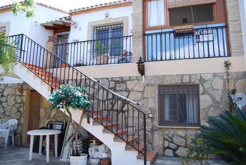 Апартаменты в Бенидолече, Испания, 140 м2 - фото 1