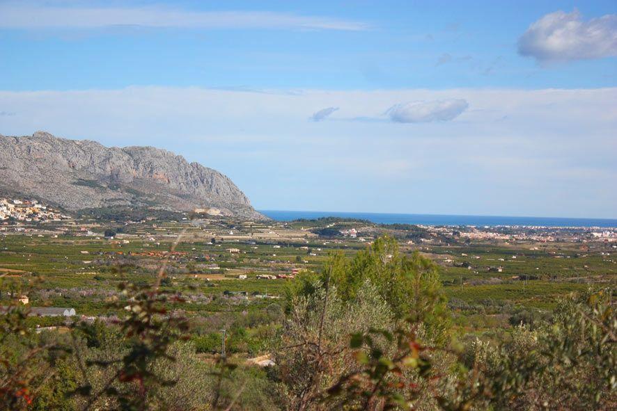 Земля в Орба, Испания, 10000 м2 - фото 1