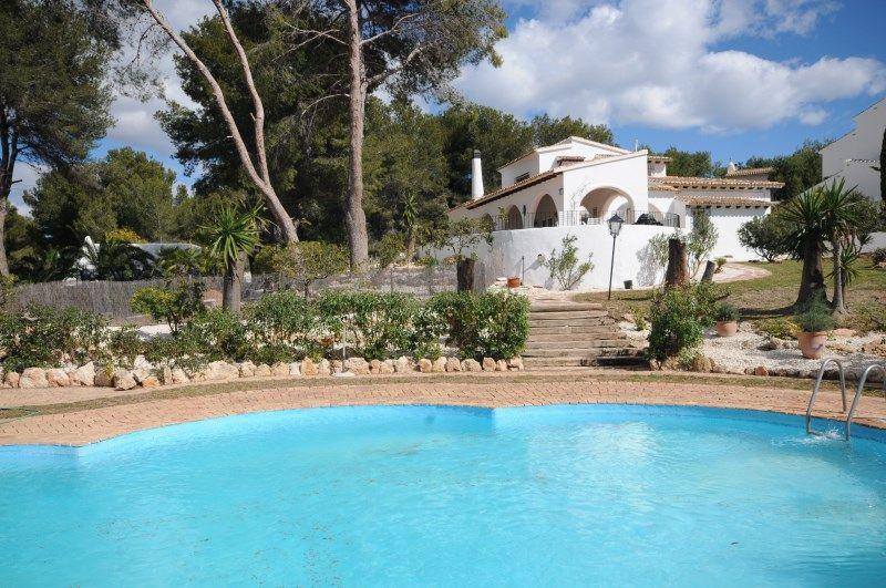 Вилла в Морайре, Испания, 420 м2 - фото 1