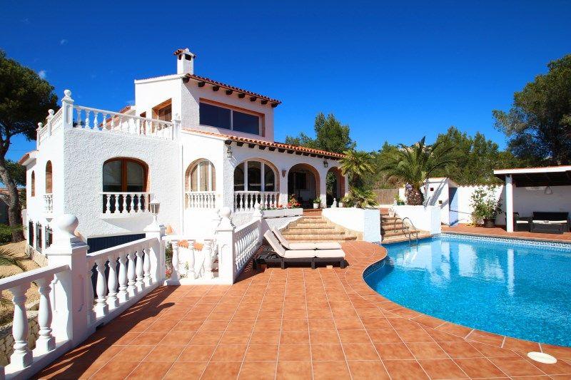 Вилла в Морайре, Испания, 1000 м2 - фото 1