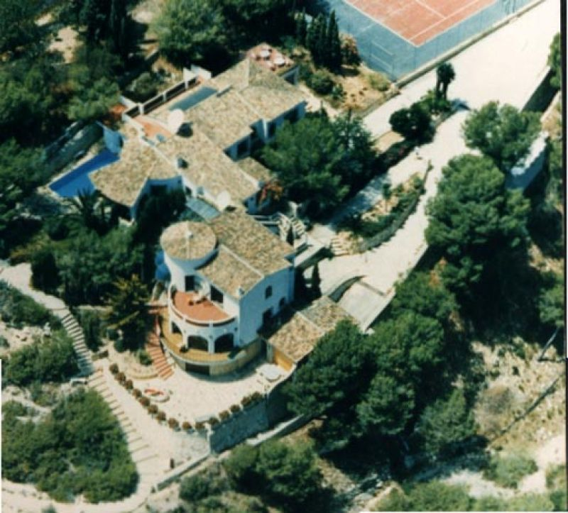 Вилла в Бенисе, Испания, 6400 м2 - фото 1