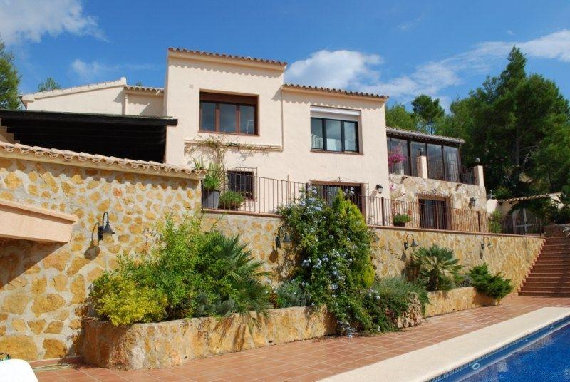 Вилла в Альфас-дель-Пи, Испания, 300 м2 - фото 1