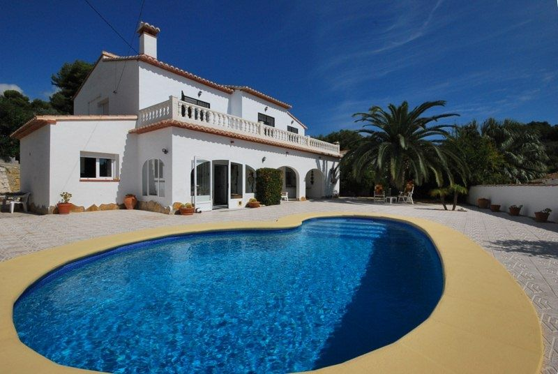 Вилла в Морайре, Испания, 306 м2 - фото 1
