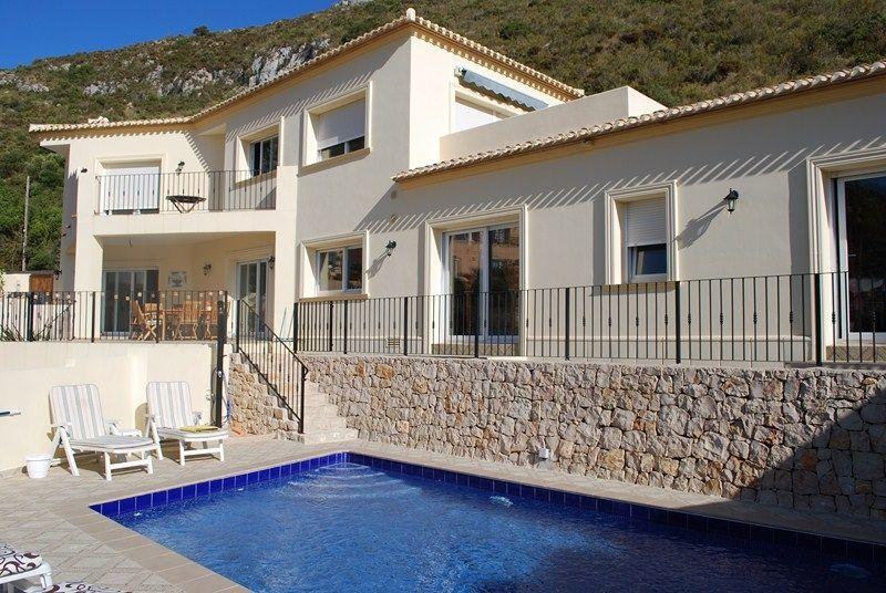 Вилла в Морайре, Испания, 300 м2 - фото 1