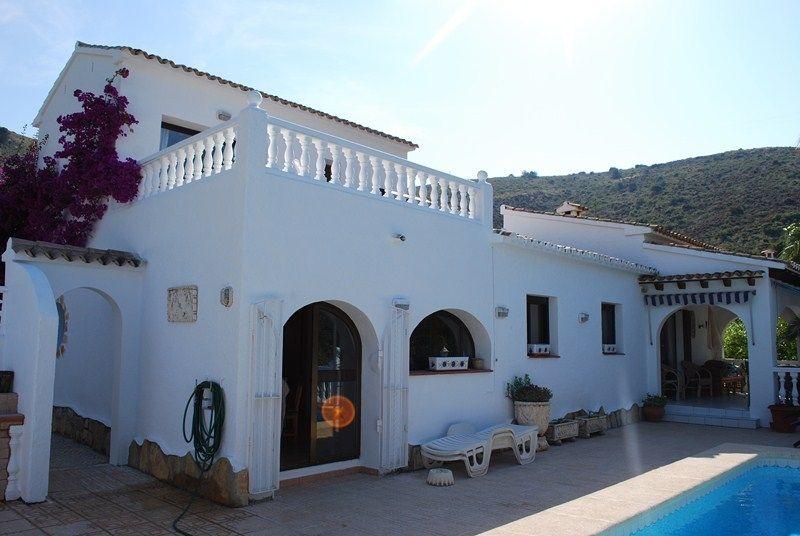 Вилла в Морайре, Испания, 172 м2 - фото 1