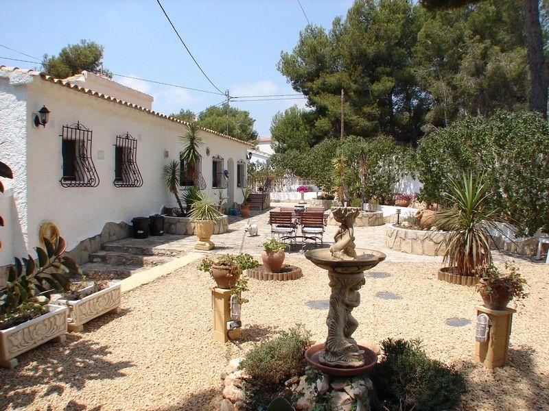 Вилла в Бенисе, Испания, 1052 м2 - фото 1