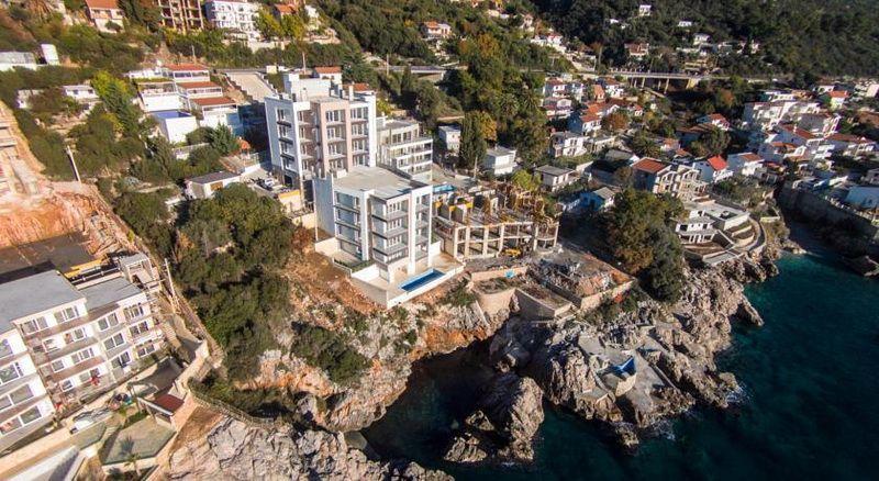 Квартира в Добра Воде, Черногория, 103 м2 - фото 1