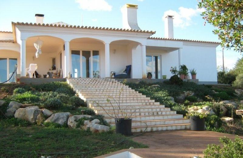 Вилла в Албуфейре, Португалия, 12500 м2 - фото 1