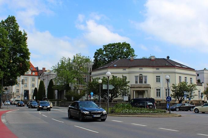 Смотреть видео Надежная Бавария: необычный взгляд на работу риелтора