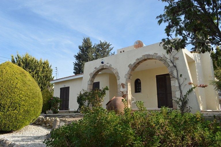 Бунгало в Пафосе, Кипр, 800 м2 - фото 1