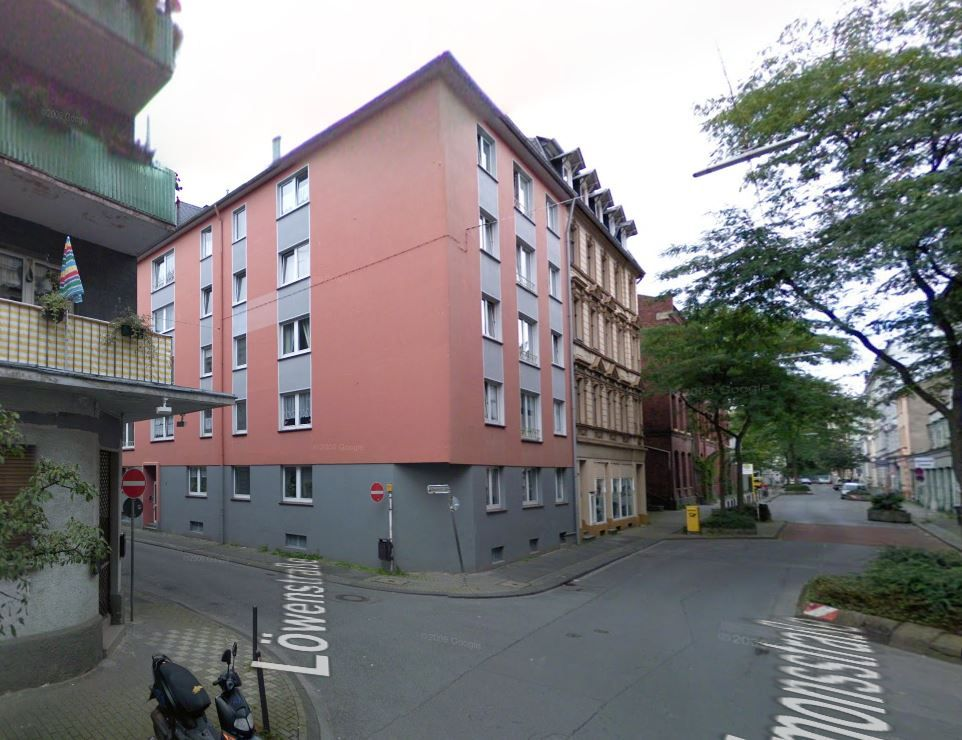 Доходный дом в Вуппертале, Германия, 910 м2 - фото 1