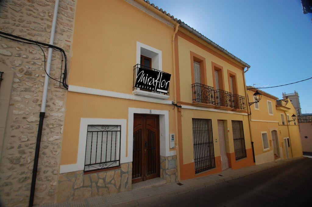 Таунхаус в Санет-и-Негральс, Испания, 123 м2 - фото 1