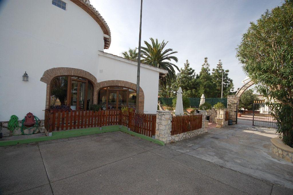 Коммерческая недвижимость в испании коста бланка википедия